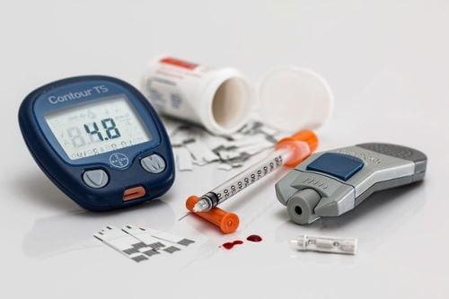 בשורה לחולי סוכרת: רפורמה בזכאות לסנסורים מעל גיל 18